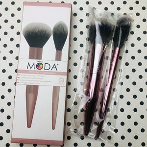 MODA BRUSHES - MODA® POWDER AND SOFT GLOW KIT